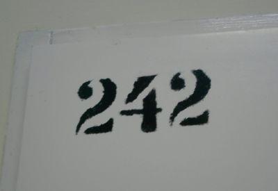 242 - od frontu